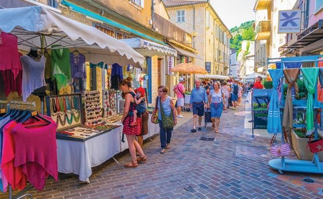 Comment sonoriser un marché de noël ou une rue commerçante ?